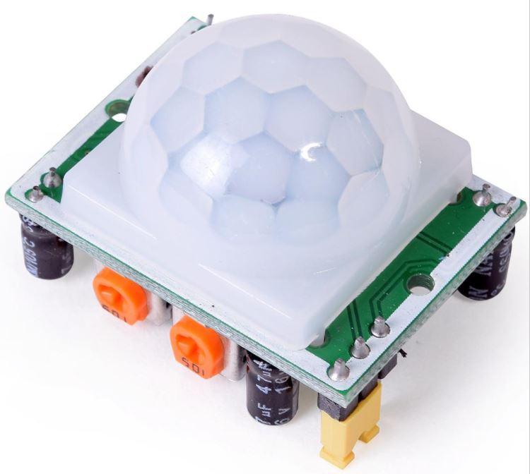 sensor PIR con lente